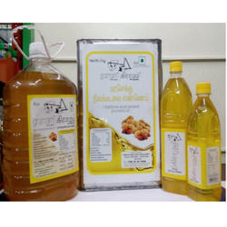 Traditional Wood Pressed Groundnut Oil
