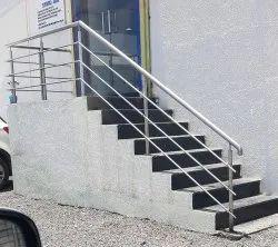 Staircase & Balcony Regular Stainless Steel Railing