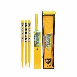 Yellow Wooden Cricket set, Size: Medium