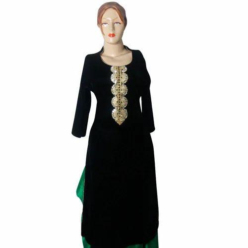 8007171806 Velvet 3/4th Sleeve Ladies Kurti, Rs 995 /piece, Hirals Boutique ...