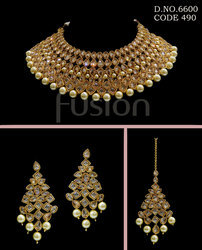 Royal Antique Polki Necklace Set
