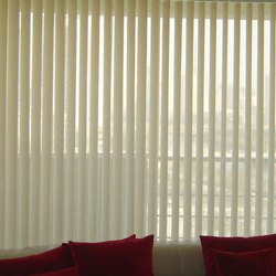 White Polyester Vertical Curtain Blind, Size: 4 To 6 Feet(height), For Window