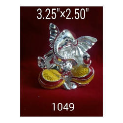Fiber 1049 Silver Plated Ganesha Statue, Size(inch): 3.25 X 2.5 Inch