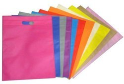 Available In Various Colors D-Cut Non Woven Fabric Bag