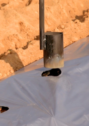 Kamal Kisan Mild Steel Mulch Hole Maker, Capacity: 1Acres/30mins