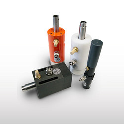 F Linear Pneumatic Vibrators Adjustable Cushioned