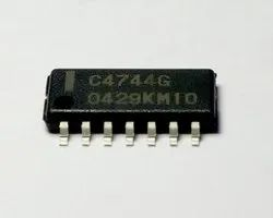 UPC4744 SMD IC  SO14