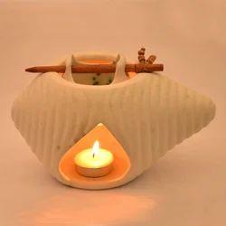 ExclusiveLane Ceramic Oil Burner In White