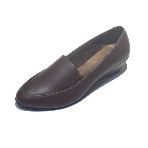 92fad03495a Womens Synthetic Leather Formal Shoes, Size: 35-41, Rs 490 /pair ...