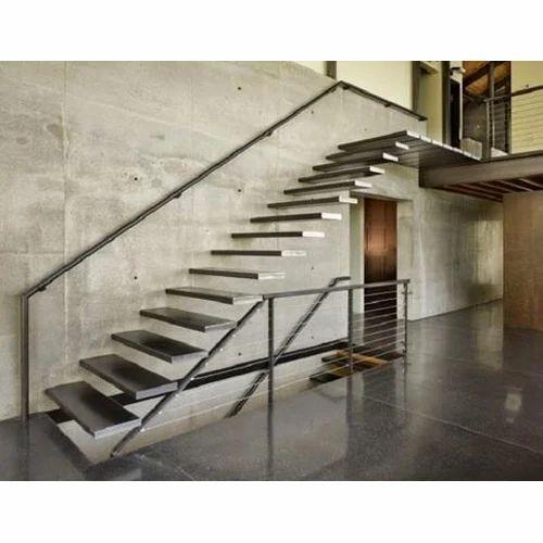 Ss Modern Stairs Rs 520 Square Feet Gobind Fabricators Id 14577004873