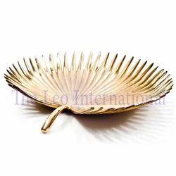 Gold Plating Aluminium Metal Leaf Shape Decorative Bowl