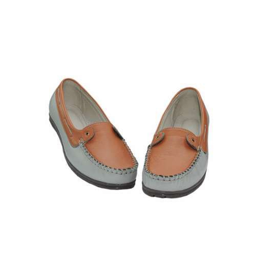 e8c2e696233 Artificial Leather Ladies Trendy Loafer