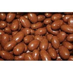 Homemade Roasted Almond Raisins Chocolate