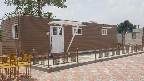 Modern Resort Container