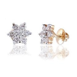 14K Gold Beautiful Designer Real Diamond Studded Earring