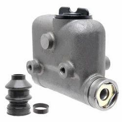 Hindustan Motor Master Cylinder