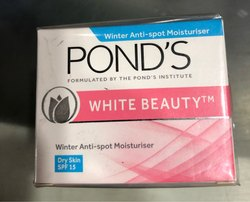 Ponds White Beauty Winter Moisturizer 35g