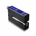 Transparent label sensor
