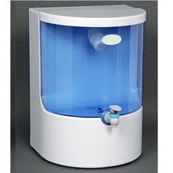 ABS Plastic Wall-Mounted Domestic Water Purifier, 42.7 Psi / 40 C