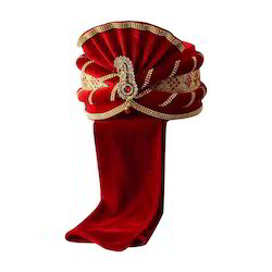 Velvet Red Safa