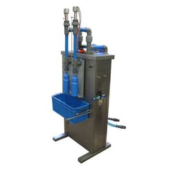 Automatic Toilet Floor Cleaner Filling Machine