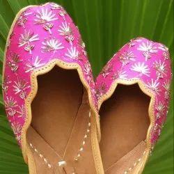 Pink Fancy Jutti