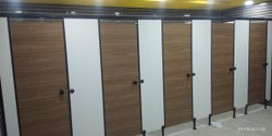 Male Toilet Partition