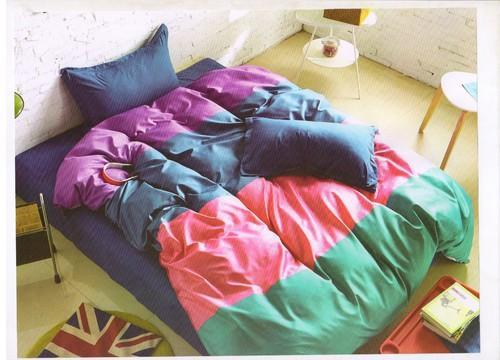 Mix Printed Colourful (Rosepetal) Bed Sheets, Size: 230x250Cms