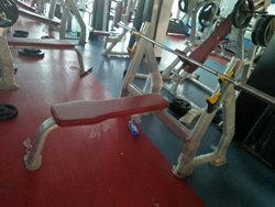 Flat Bench Press