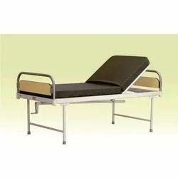 Semi Fowler Deluxe Bed