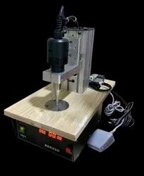 MANUAL TYPE EAR LOOP WELDING MACHINE