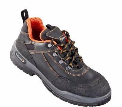 89ffaaf4b32 Mallcom Cornish Rex Safety Shoes at Rs 1699  pair