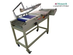 Stationary Products Packing Machine