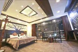 Royal Room King Bed Service
