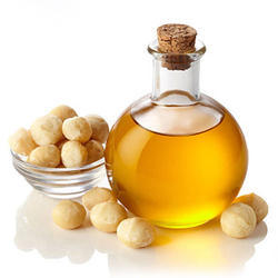 Macadamia Nut Oil, Packaging: 25 kg