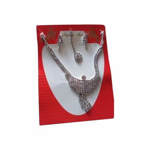Fancy Imitation Necklace Set