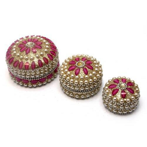 Hand Made Metal Pearl Box Set Of 3ps Jewellery Box at Rs 60 piece