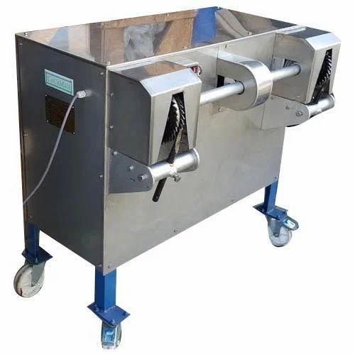 Coconut De-Shelling Machine