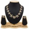 Pr Fashion Launched Beautiful Royal Looking Necklace Set