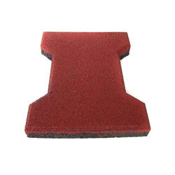 Maroon Concrete Rubber Mould Paver Block, Thickness: 20 Mm, for Landscaping