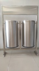 304 and 202 Grade SS Pole Mounted Dual Twin Litter Bins Dustbin