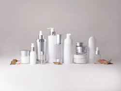 White Transparent Cosmetic Packaging