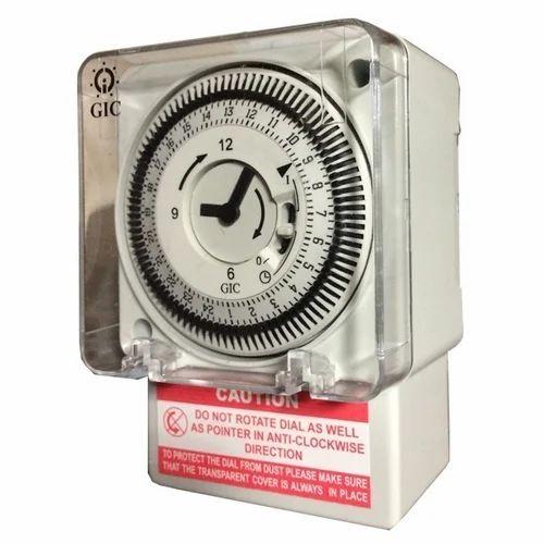 L&T FM/1 Quartz Analog Time Switch, Model No.: GIC J648B1