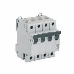 240-415 V No.of Poles: 4 Pole Electrical Circuit Breaker MCCB