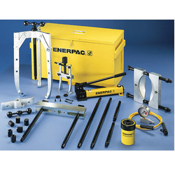 Enerpac BHP1752 Hydraulic Master Puller Set with Hand Pump