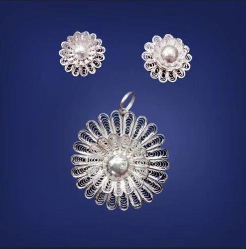 Pssan20 silver filigree pendant set jhumke ka set pssan20 silver filigree pendant set aloadofball Image collections