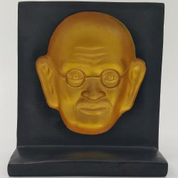 Fiber_1 3D Gandhi Face Memento L7.75 x W3.75 x H8.5