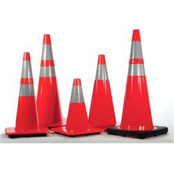 Traffic Cone 750mm (red)