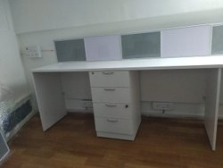 Linear Economy Workstation With Soft Board
