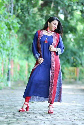 Woman Party Wear Desinger kurties